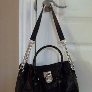 Michael Kors Bags - Michael Kors Hamilton black